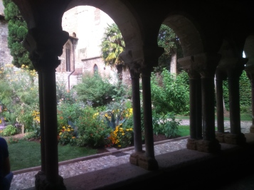 Cloître St Salvi à Albi