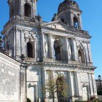 St Jean d'Angély : l'abbaye royale inachevée...