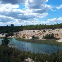 Au sud des Charentes, les lacs bleus